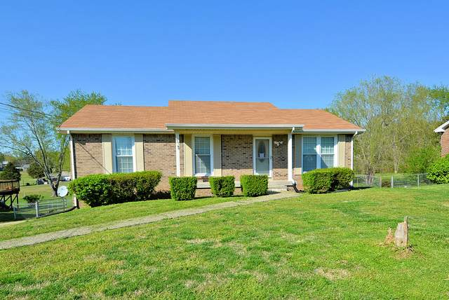 527 Helton Dr, Clarksville, TN 37042 (MLS #RTC2137811) :: Cory Real Estate Services