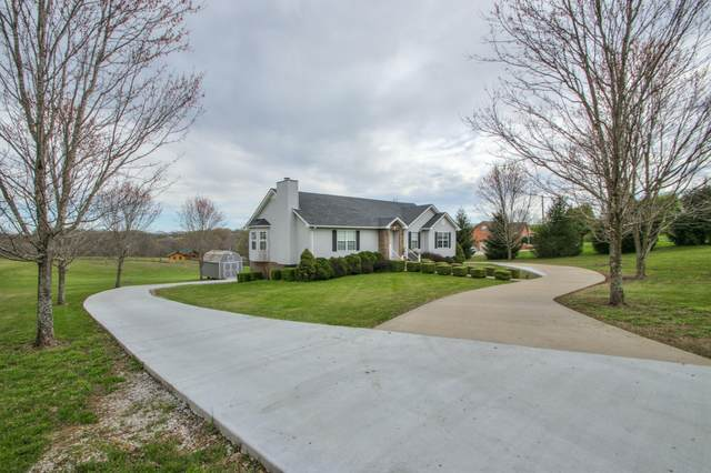 1555 Errel Dowlen Rd, Pleasant View, TN 37146 (MLS #RTC2138274) :: Village Real Estate