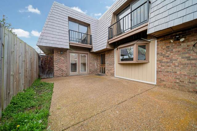 107 Cedarwood Ln #107, Madison, TN 37115 (MLS #RTC2138554) :: Village Real Estate