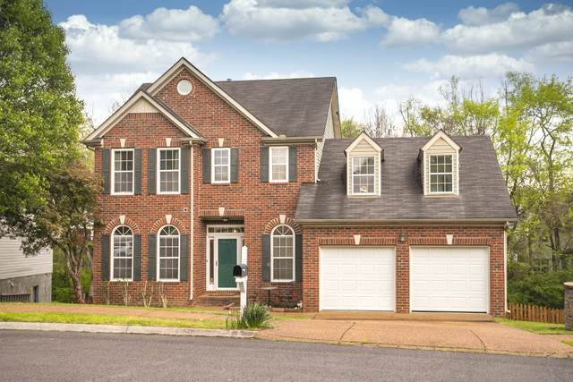 2205 Falcon Creek Dr, Franklin, TN 37067 (MLS #RTC2139124) :: RE/MAX Choice Properties