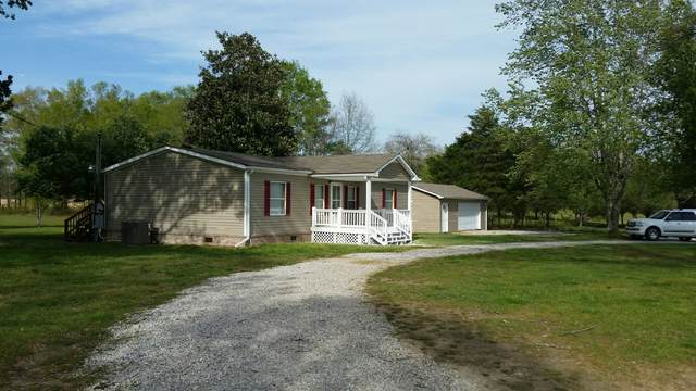 1577 Salem Rd, Mc Minnville, TN 37110 (MLS #RTC2142080) :: DeSelms Real Estate