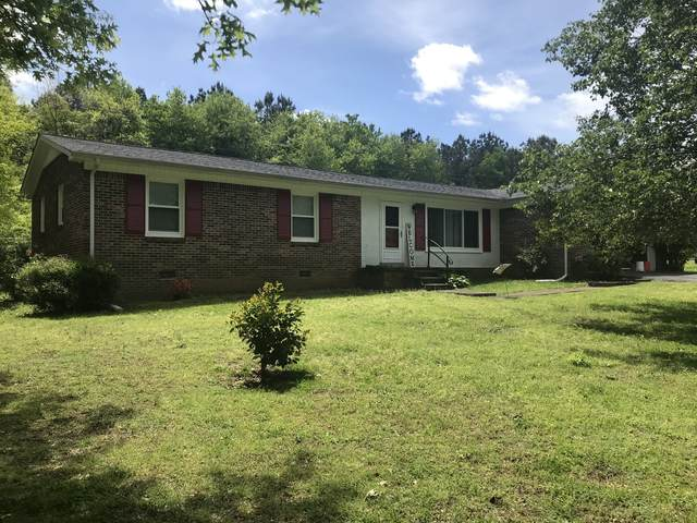 1610 Hilltop Dr, Lawrenceburg, TN 38464 (MLS #RTC2144334) :: Michelle Strong
