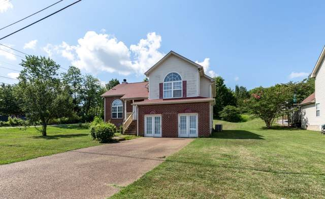 2101 Debbie Ln, La Vergne, TN 37086 (MLS #RTC2144623) :: Village Real Estate