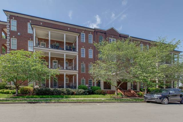 3210 W End Cir #303, Nashville, TN 37203 (MLS #RTC2145167) :: The Helton Real Estate Group