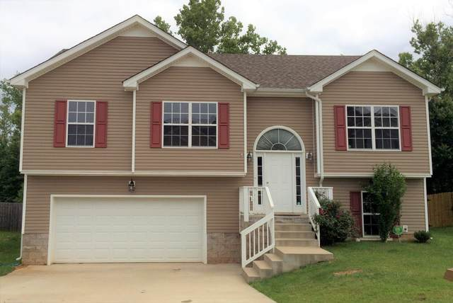 1656 Broad Cir, Clarksville, TN 37042 (MLS #RTC2145536) :: Cory Real Estate Services