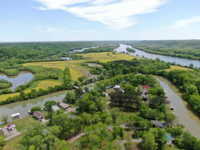 1522 Matlock Dr, Chapmansboro, TN 37035 (MLS #RTC2146837) :: RE/MAX Homes And Estates