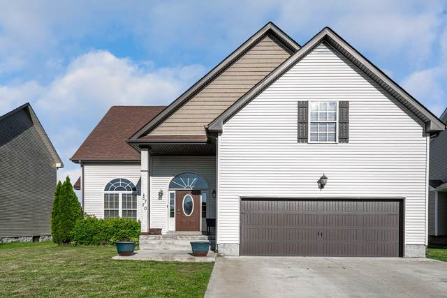 3770 Gray Fox Dr, Clarksville, TN 37040 (MLS #RTC2146905) :: Cory Real Estate Services