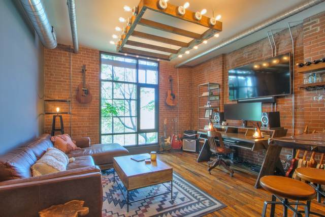 704 Taylor St #203, Nashville, TN 37208 (MLS #RTC2146991) :: Ashley Claire Real Estate - Benchmark Realty