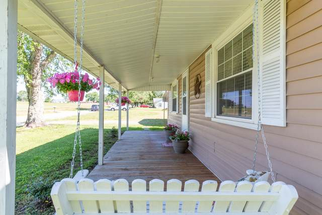 106 Hollaway St, Summertown, TN 38483 (MLS #RTC2148878) :: Village Real Estate