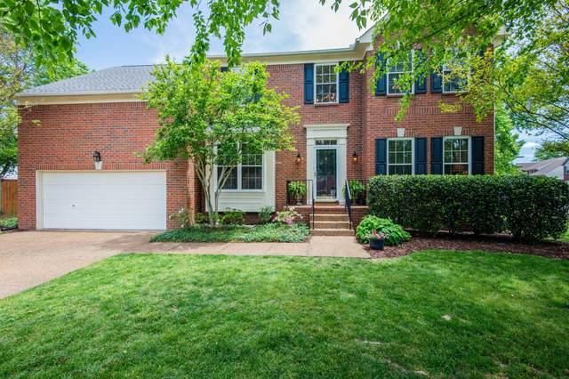 1011 Glastonbury Dr, Franklin, TN 37069 (MLS #RTC2149235) :: Village Real Estate