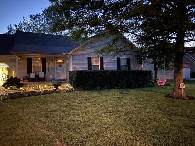 2723 Rocking Horse Ln, Murfreesboro, TN 37130 (MLS #RTC2151621) :: Village Real Estate