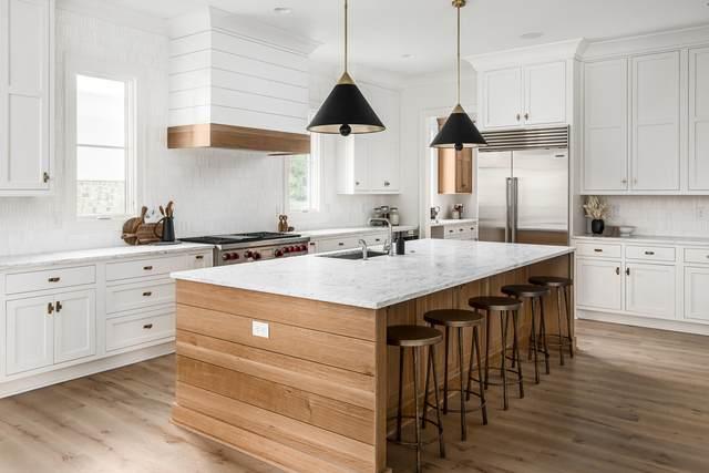 3960 Woodlawn Dr, Nashville, TN 37205 (MLS #RTC2151786) :: DeSelms Real Estate