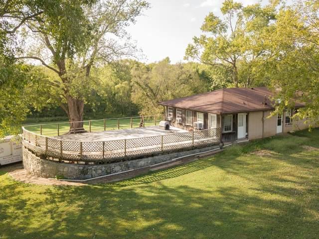 2400 Hartsville Pike, Gallatin, TN 37066 (MLS #RTC2151833) :: Cory Real Estate Services