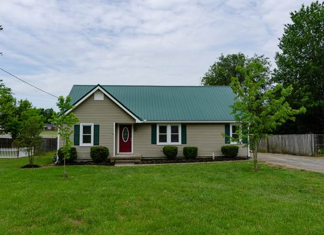 2174 Old Greenbrier Pike, Greenbrier, TN 37073 (MLS #RTC2152610) :: The Miles Team | Compass Tennesee, LLC