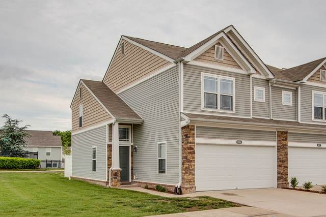 1055 Somerset Springs Dr, Spring Hill, TN 37174 (MLS #RTC2153278) :: Stormberg Real Estate Group