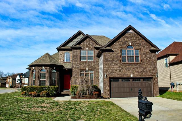 762 Cavalier Dr, Clarksville, TN 37040 (MLS #RTC2153517) :: Cory Real Estate Services