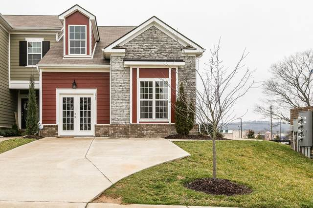 700 Finse Dr, Spring Hill, TN 37174 (MLS #RTC2153626) :: Village Real Estate