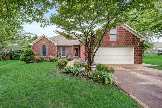 2711 Palace Ct, Thompsons Station, TN 37179 (MLS #RTC2154038) :: Cory Real Estate Services