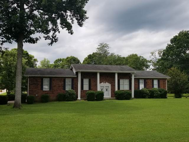 1501 Hillwood Cir, Lafayette, TN 37083 (MLS #RTC2154073) :: Cory Real Estate Services