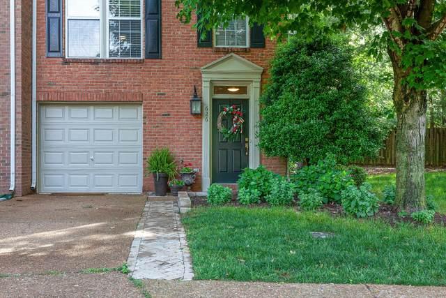 626 Huffine Manor Cir, Franklin, TN 37067 (MLS #RTC2154126) :: Berkshire Hathaway HomeServices Woodmont Realty