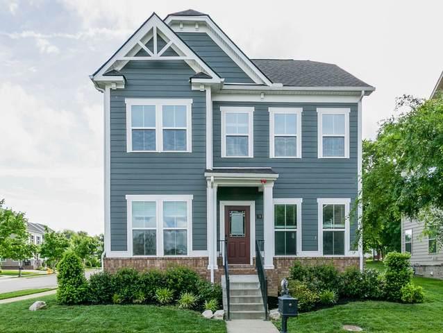 912 Linden Isle Dr, Franklin, TN 37064 (MLS #RTC2154483) :: DeSelms Real Estate