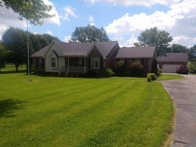 312 Fox Run Ln, Lafayette, TN 37083 (MLS #RTC2154601) :: Cory Real Estate Services