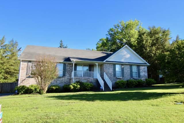 2105 Creek Trl, Goodlettsville, TN 37072 (MLS #RTC2155144) :: Village Real Estate