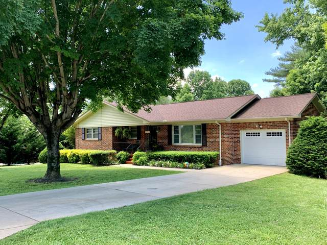 106 Hackberry Dr, Winchester, TN 37398 (MLS #RTC2155357) :: Nashville on the Move