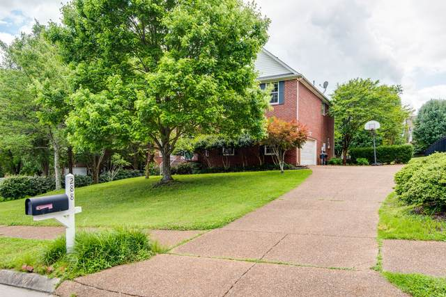 288 Dandridge Dr, Franklin, TN 37067 (MLS #RTC2155420) :: Village Real Estate