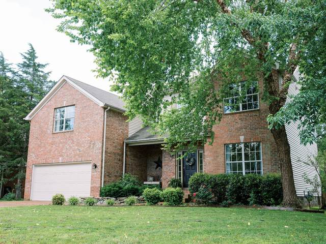 1212 Kelly Ct, Franklin, TN 37064 (MLS #RTC2155503) :: Village Real Estate