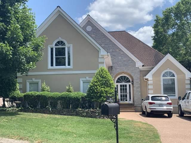 329 Bridgeway Dr, Franklin, TN 37064 (MLS #RTC2155912) :: DeSelms Real Estate