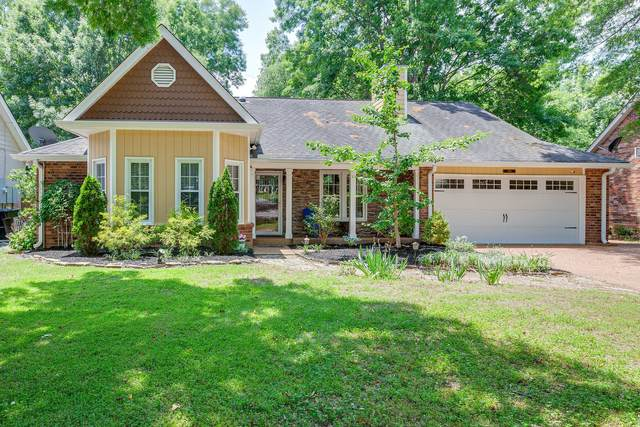 681 Watson Branch Dr, Franklin, TN 37064 (MLS #RTC2155918) :: Village Real Estate