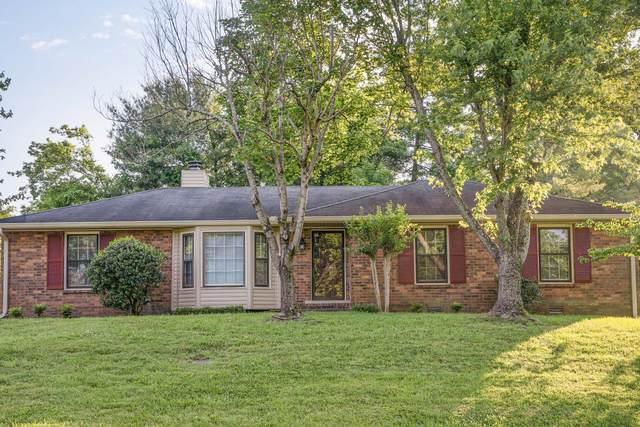 113 Holly Dr, Hendersonville, TN 37075 (MLS #RTC2156807) :: Village Real Estate