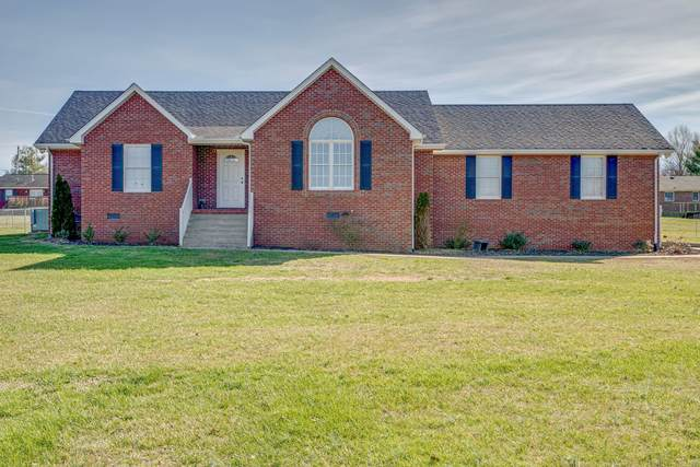 1002 Lakeview Cir, Dickson, TN 37055 (MLS #RTC2156816) :: Village Real Estate