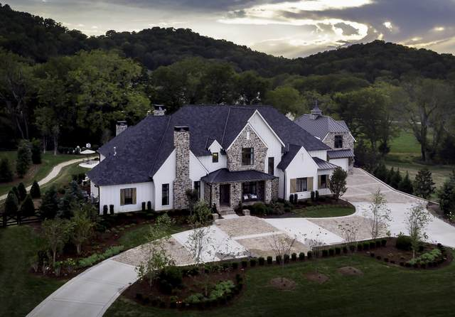 1207 Round Grove Ct, Brentwood, TN 37027 (MLS #RTC2156917) :: The Milam Group at Fridrich & Clark Realty