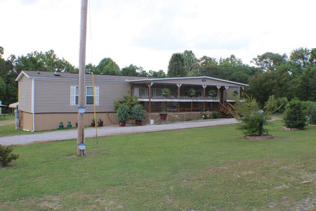 1202 E Cole Rd, Quebeck, TN 38579 (MLS #RTC2157132) :: FYKES Realty Group