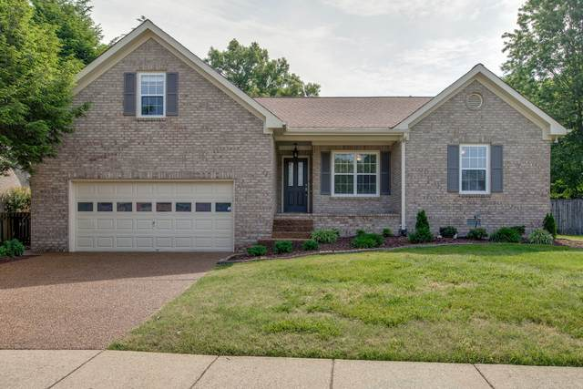 128 Middleboro Cir, Franklin, TN 37064 (MLS #RTC2157347) :: DeSelms Real Estate