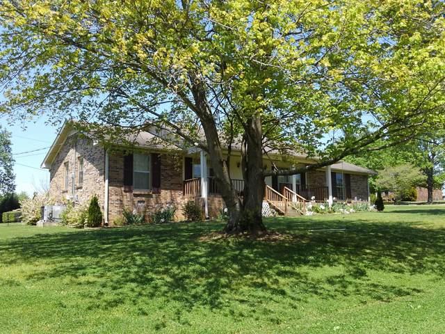 1600 Kay Dr, Pulaski, TN 38478 (MLS #RTC2157454) :: Village Real Estate