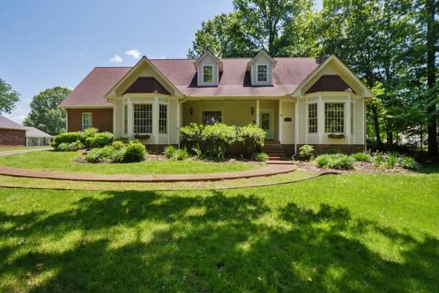 1104 Golf Course Ln, Ashland City, TN 37015 (MLS #RTC2157860) :: Village Real Estate