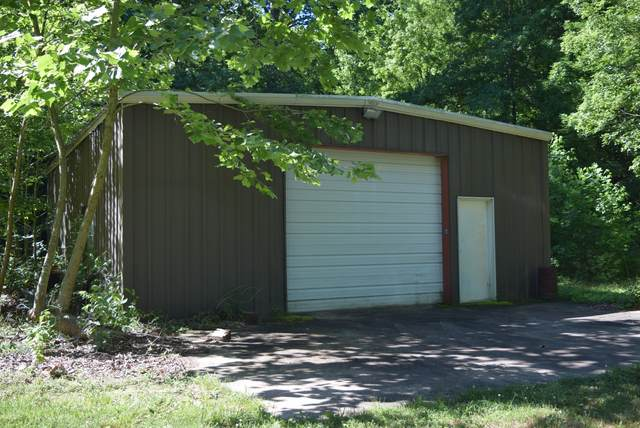 392 Phy Ln, Mc Ewen, TN 37101 (MLS #RTC2158923) :: DeSelms Real Estate