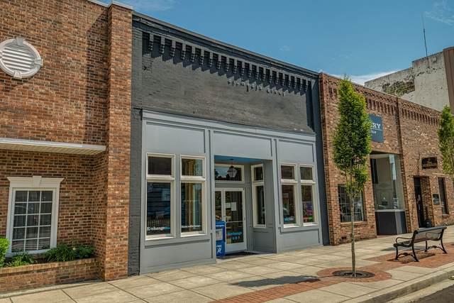 109 W Lincoln Street, Tullahoma, TN 37388 (MLS #RTC2162345) :: RE/MAX Homes And Estates