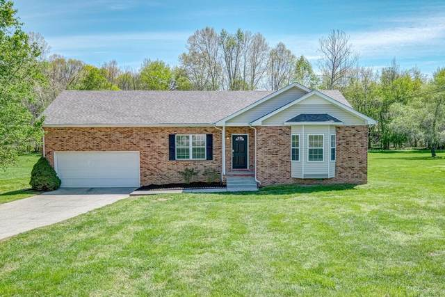 106 Montgomery Bell Dr, Burns, TN 37029 (MLS #RTC2163306) :: Village Real Estate