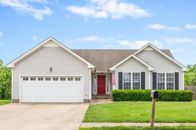 824 Cindy Jo Ct, Clarksville, TN 37040 (MLS #RTC2165118) :: FYKES Realty Group