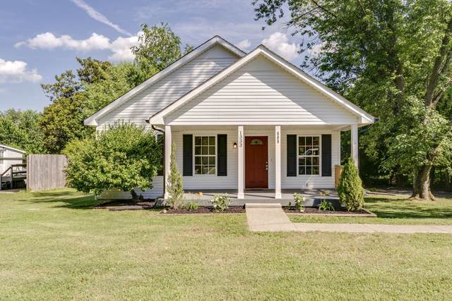 1333 Main St, Greenbrier, TN 37073 (MLS #RTC2165203) :: Nashville on the Move