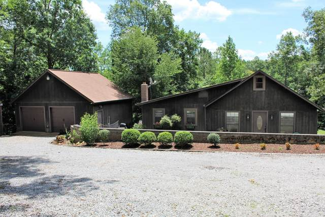898 Ford Rd, White Bluff, TN 37187 (MLS #RTC2165535) :: The Huffaker Group of Keller Williams