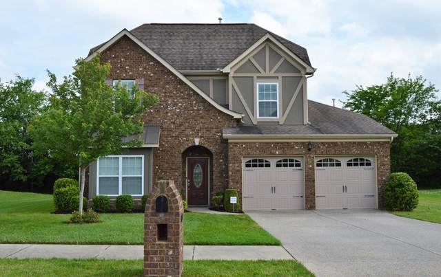 1024 Middleton Ln, Gallatin, TN 37066 (MLS #RTC2165897) :: The Group Campbell powered by Five Doors Network