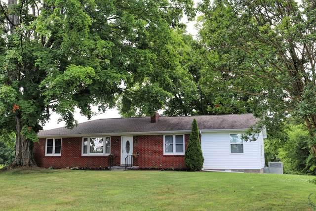 2619 Kinneys Rd, Cedar Hill, TN 37032 (MLS #RTC2166023) :: FYKES Realty Group