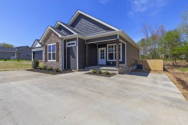 201 Hayes Street, Smithville, TN 37166 (MLS #RTC2166741) :: The Kelton Group