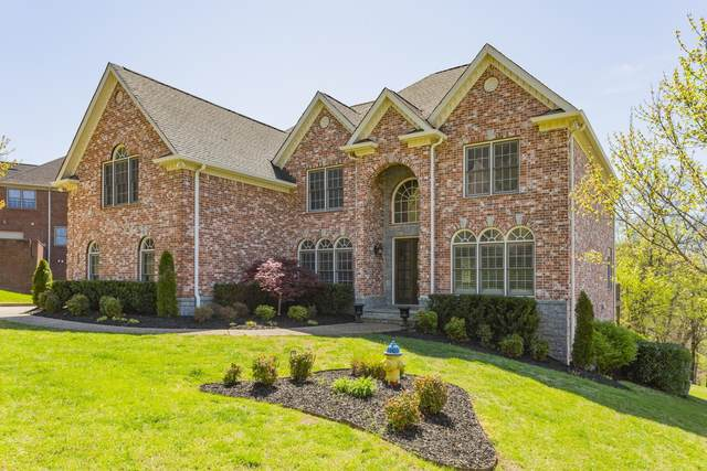 303 Hamlets End Way, Franklin, TN 37067 (MLS #RTC2166744) :: The Milam Group at Fridrich & Clark Realty