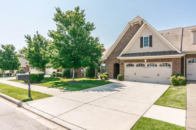 1011 Club View Dr, Gallatin, TN 37066 (MLS #RTC2168149) :: Team George Weeks Real Estate